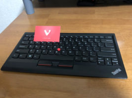 VivaldiのカードとThinkPad